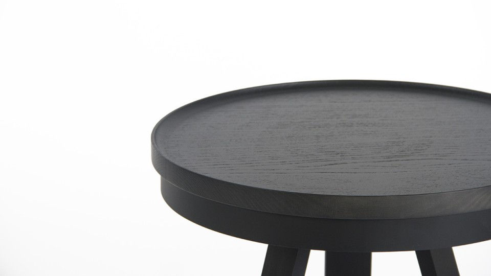 woodendot-auxiliary-batea-table-black-detail